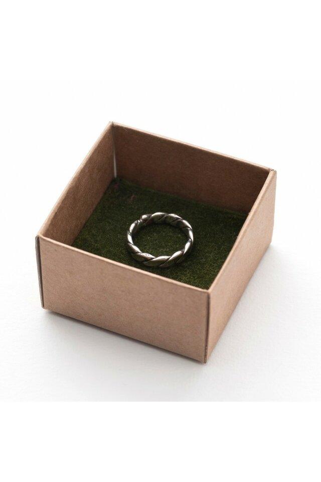 Žiedas iš melchioro, 16mm.
